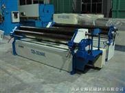W11F-2*2000电动-三辊机械非对称式卷板机
